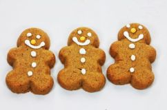 3-gingerbread-man-cookies